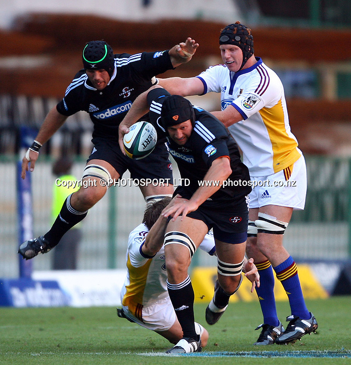 Adri Badenhorst during the 2006 Super 14 rugby union match between the Stormers and the Highlanders at Newlands, Cape Town, South Africa, on Saturday 4 March 2006. Photo: Carl Fourie/PHOTOSPORT