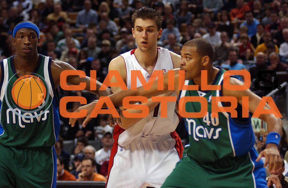 DESCRIZIONE : Toronto Campionato NBA 2006-2007 Toronto Raptors-Dallas Mavericks<br /> GIOCATORE : Bargnani<br /> SQUADRA : Toronto Raptors <br /> EVENTO : Campionato NBA 2006-2007 <br /> GARA : Toronto Raptors Dallas Mavericks<br /> DATA : 14/01/2007 <br /> CATEGORIA : <br /> SPORT : Pallacanestro <br /> AUTORE : Agenzia Ciamillo-Castoria/V.Keslassy<br /> Galleria : NBA 2006-2007 <br /> Fotonotizia : Toronto Campionato NBA 2006-2007 Toronto Raptors Dallas Mavericks<br /> Predefinita :