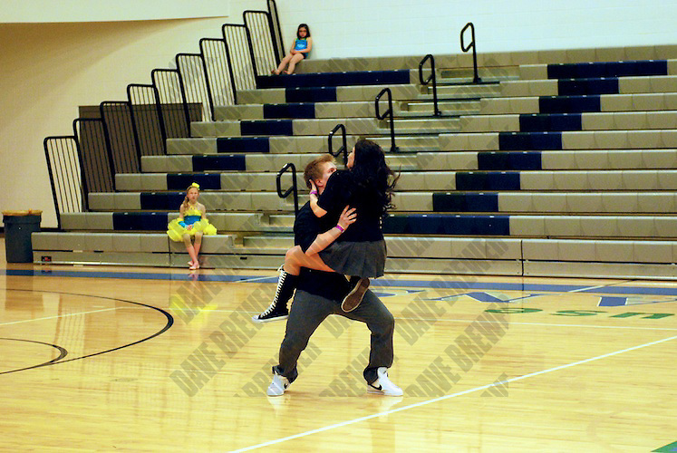 Syracuse High Competition - Gotta Move!?