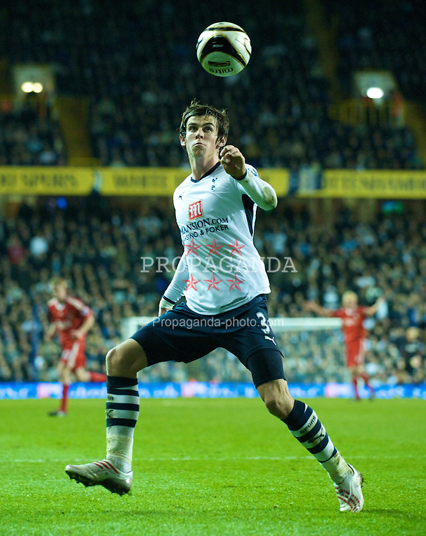 LONDON, ENGLAND - Wednesday, November 12, 2008: Tottenham Hotspur's Gareth Bale in action against Liverpool during the League Cup 4th Round match at White Hart Lane. (Photo by David Rawcliffe/Propaganda)