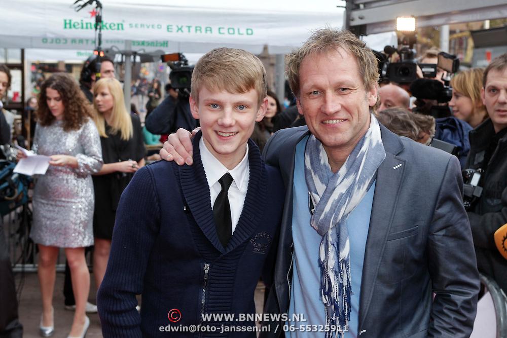 NLD/Amsterdam/20120312 - Uitreiking Rembrandt Awards 2012, Steven de Jong en zoon