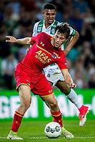 GRONINGEN, 17-05-2017, FC Groningen - AZ,  Noordlease Stadion, 1-4, FC Groningen speler Juninho Bacuna, AZ speler Joris van Overeem