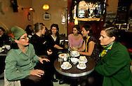 """New York. Nolita district.   women designers and shops owner.  meeting in """"Cafe Gitane"""" /   Nolita Cafe Gitane; le nouveau quartier à la mode. Ces femmes qui ont lançé le quartier - les reines de Nolita- """" la majorité des magasins appartiennent à des femmes"""
