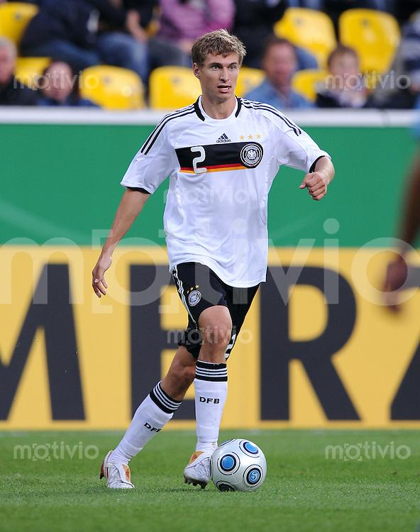 Fussball Nationalmannschaft :  Saison   2009/2010   04.09.2009 Fußball U21 : Deutschland - San Marino , GER - SM ,  Daniel Schwaab (GER)