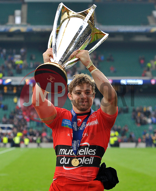 Leigh Halfpenny of Toulon with the European Rugby Champions Cup trophy - Photo mandatory by-line: Patrick Khachfe/JMP - Mobile: 07966 386802 02/05/2015 - SPORT - RUGBY UNION - London - Twickenham Stadium - ASM Clermont Auvergne v RC Toulon - European Rugby Champions Cup Final