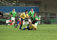 Ireland Vs Romania in the European Qualifying match at Lansdowne Road, 21/11/1998 (Part of the Independent Newspapers Ireland/NLI Collection).