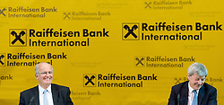 15.03.2017, Raiffeisen Zentrale, Wien, AUT, Raiffeisen Bank International AG (RBI), Pressekonferenz zum Geschäftsjahr 2016, im Bild v.l.n.r. scheidender Vorstandsvorsitzender Karl Sevelda und designierter Vorstandsvorsitzender Johann Strobl // f.l.t.r. outgoing CEO Karl Sevelda and designated CEO Johann Strobl during annual result press conference of the banking establishment Raiffeisen Bank International in Vienna, Austria on 2017/03/15, EXPA Pictures © 2017, PhotoCredit: EXPA/ Michael Gruber