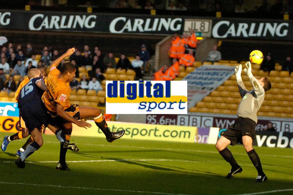Photo: Ed Godden.<br />Wolverhampton Wanderers v Southend United. Coca Cola Championship. 04/11/2006. Wolves' Leon Clarke (2nd left) scores to make it 3-0.