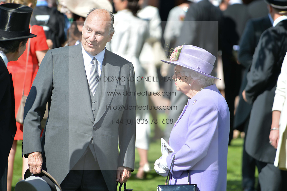 HM The Queen and HH The Aga Khan at The Investec Derby, Epsom Racecourse, Epsom, Surrey, England. 02 June 2018.