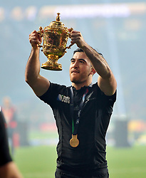 Nehe Milner-Skudder of New Zealand lifts the Webb Ellis Cup - Mandatory byline: Patrick Khachfe/JMP - 07966 386802 - 31/10/2015 - RUGBY UNION - Twickenham Stadium - London, England - New Zealand v Australia - Rugby World Cup 2015 Final.