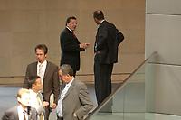 17 OCT 2003, BERLIN/GERMANY:<br /> Gerhard Schroeder (L), SPD, Bundeskanzler,und Friedrich Merz (R), CDU, Stellv. CDU/CSU Fraktionsvorsitzender, im Gespraech, waehrend einer Bundestagdebatte, Plenum, Deutscher Bundestag<br /> IMAGE: 20031017-01-068<br /> KEYWORDS: Gerhard Schröder, Gespräch