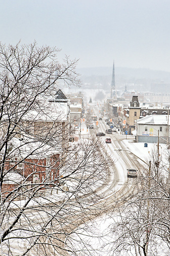 winter holiday card images Beautiful contemporary art. These beautiful photographs of Cambridge, Ontario are perfect for wall art in your interior decor. For the modern home decor and office decor.  Each image was carefully created by photographer Laura Cook of Vision Photography.