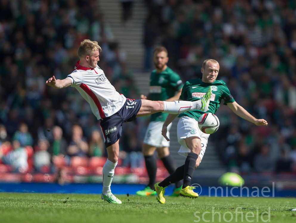 Falkirk's Craig Sibbald and Hibernian's Dylan McGeouch. <br /> Hibernian 0 v 1 Falkirk, William Hill Scottish Cup semi-final, played 18/4/2015 at Hamden Park, Glasgow.