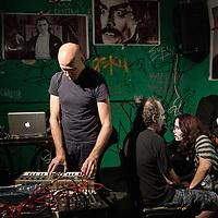 Fsik Huvnx with Jan & Dave
