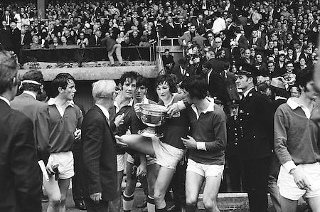 26.09.1971 Football All Ireland Minor Final Mayo Vs Cork..Mayo