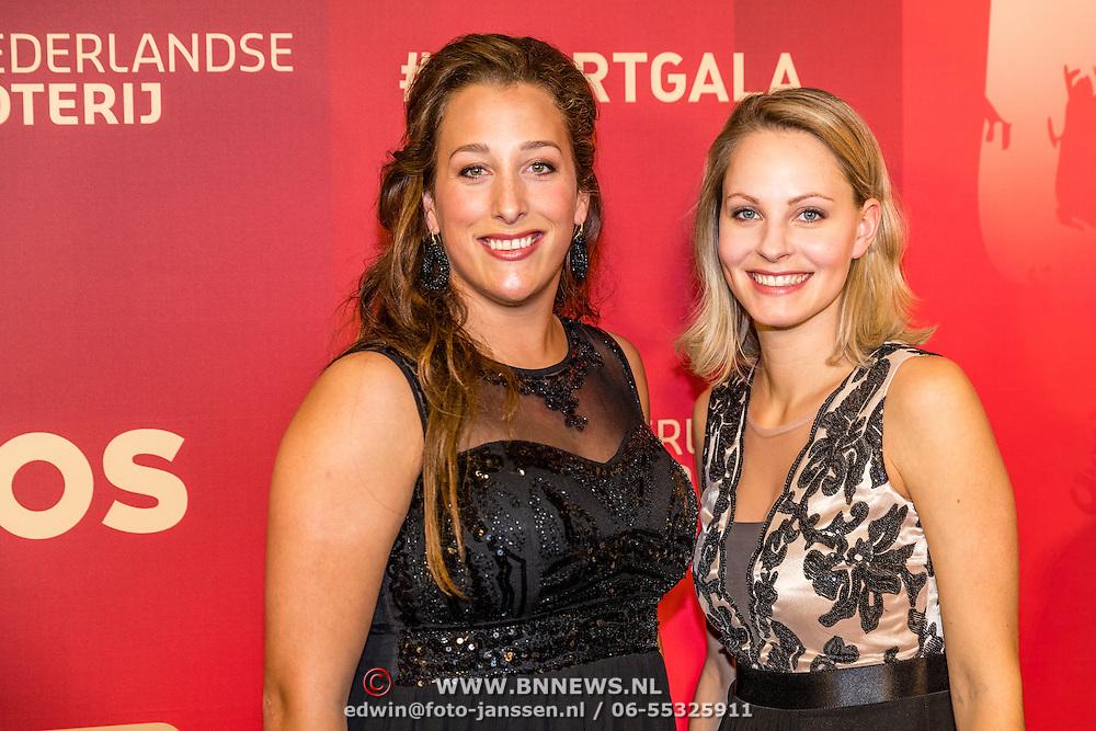 NLD/Amsterdam/20161221 - NOC*NSF Sportgala 2016, baanwielrenster Elis Ligtlee en ...........