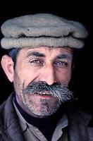 Pakistan, Territoires disputés, Karimabad, Region de Hunza, homme Hunza / Hunza man, Hunza valley, Karimabad, North Pakistan