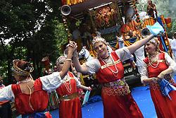July 3, 2017 - Kolkata, India - Russian devotees perform Russian flock dances during the ISKON organized 46 th Kolkata Rath Yatra festival on July 03,2017 in Kolkata,India. (Credit Image: © Debajyoti Chakraborty/NurPhoto via ZUMA Press)