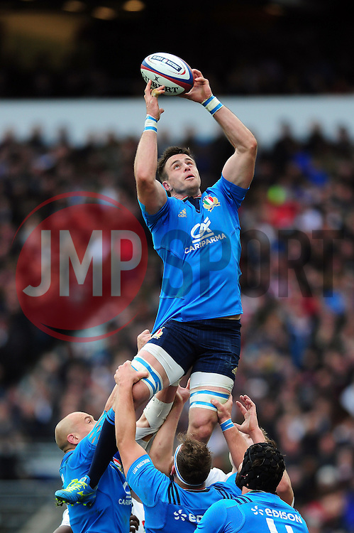 Abraham Steyn of Italy wins the ball at a lineout - Mandatory byline: Patrick Khachfe/JMP - 07966 386802 - 26/02/2017 - RUGBY UNION - Twickenham Stadium - London, England - England v Italy - RBS Six Nations Championship 2017.
