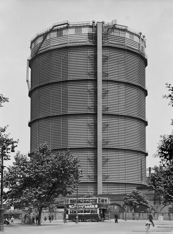 Gasometer at Battersea, London, 1933