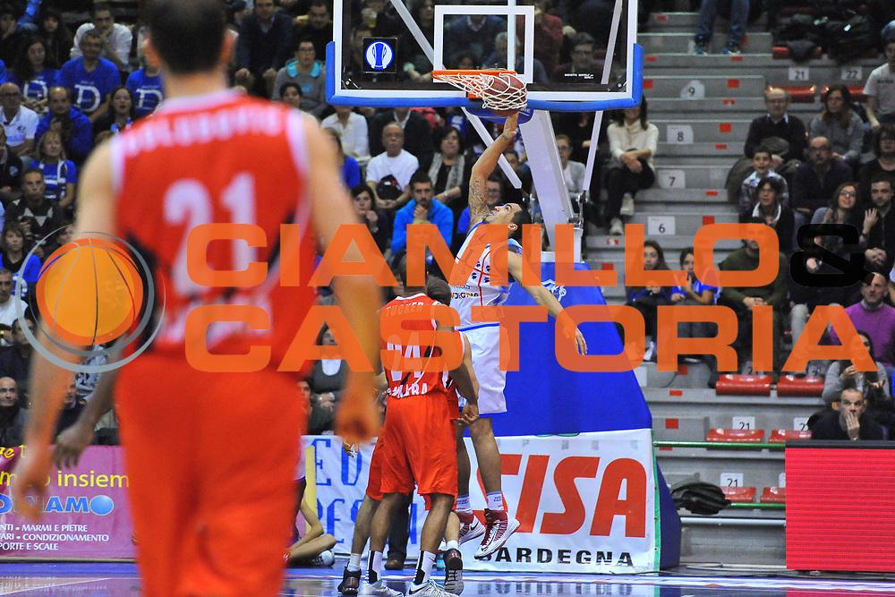 DESCRIZIONE : Eurocup 2013/14 Gr. J Dinamo Banco di Sardegna Sassari -  Aykon TED Ankara Kolejliler<br /> GIOCATORE : Drew Gordon<br /> CATEGORIA : Schiacciata<br /> SQUADRA : Dinamo Banco di Sardegna Sassari<br /> EVENTO : Eurocup 2013/2014<br /> GARA : Dinamo Banco di Sardegna Sassari -  Aykon TED Ankara Kolejliler<br /> DATA : 23/10/2013<br /> SPORT : Pallacanestro <br /> AUTORE : Agenzia Ciamillo-Castoria / Luigi Canu<br /> Galleria : Eurocup 2013/2014<br /> Fotonotizia : Eurocup 2013/14 Gr. J Dinamo Banco di Sardegna Sassari -  Aykon TED Ankara Kolejliler<br /> Predefinita :