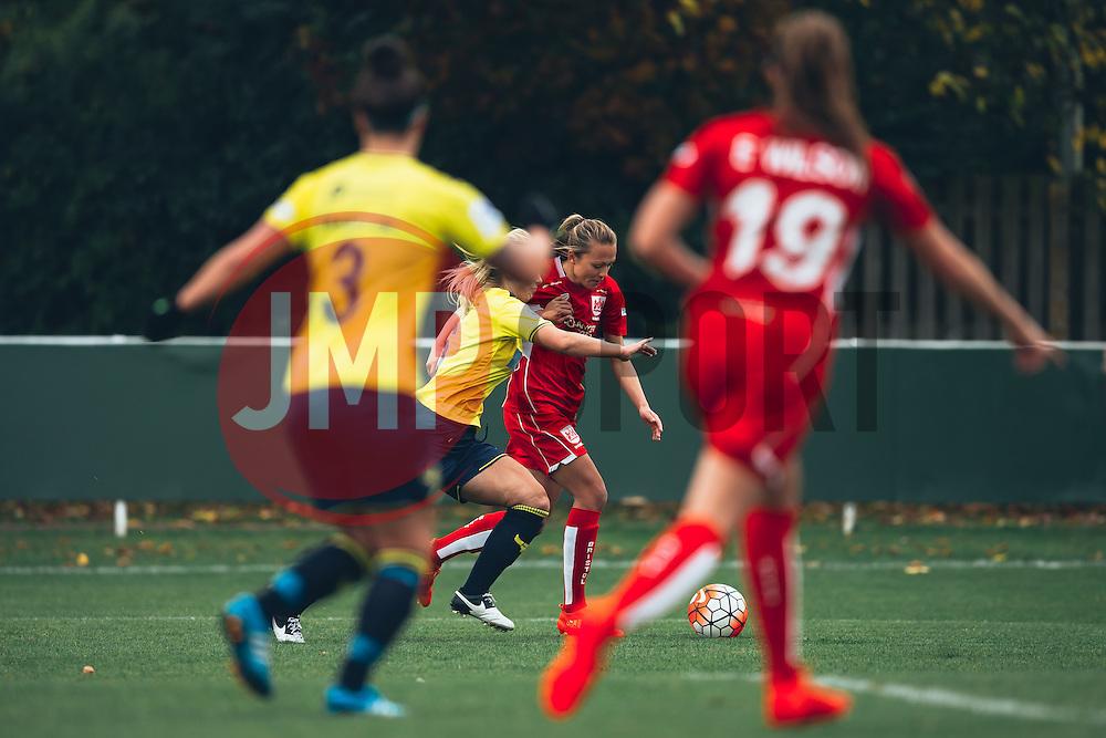 Claire Emslie of Bristol City Women in action - Rogan Thomson/JMP - 06/11/2016 - FOOTBALL - The Northcourt Stadium - Abingdon-on-Thames, England - Oxford United Women v Bristol City Women - FA Women's Super League 2.