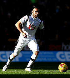 Bradley Johnson of Derby County runs with the ball - Mandatory by-line: Robbie Stephenson/JMP - 05/11/2016 - FOOTBALL - Molineux - Wolverhampton, England - Wolverhampton Wanderers v Derby County - Sky Bet Championship