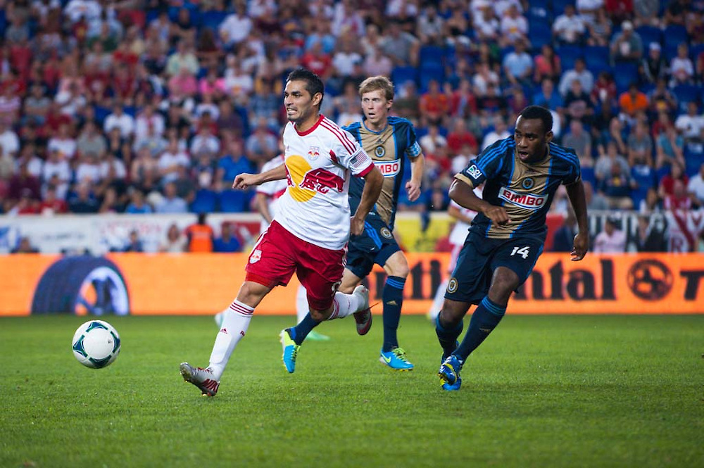HARRISON, NJ - AUGUST 17:  Fabian Espindola #9 of New York Red Bulls in action during the game against the Philadelphia Union at Red Bulls Arena on August 17, 2013. (Photo By: Rob Tringali)