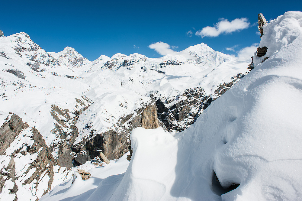White snowed peaks in the Himalayas (Nepal)
