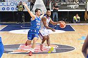 DESCRIZIONE : Cantu, Lega A 2015-16 Acqua Vitasnella Cantu' Enel Brindisi<br /> GIOCATORE : Kenny Hasbrouck<br /> CATEGORIA : Palleggio difesa<br /> SQUADRA : Acqua Vitasnella Cantu'<br /> EVENTO : Campionato Lega A 2015-2016<br /> GARA : Acqua Vitasnella Cantu' Enel Brindisi<br /> DATA : 31/10/2015<br /> SPORT : Pallacanestro <br /> AUTORE : Agenzia Ciamillo-Castoria/I.Mancini<br /> Galleria : Lega Basket A 2015-2016  <br /> Fotonotizia : Cantu'  Lega A 2015-16 Acqua Vitasnella Cantu'  Enel Brindisi<br /> Predefinita :