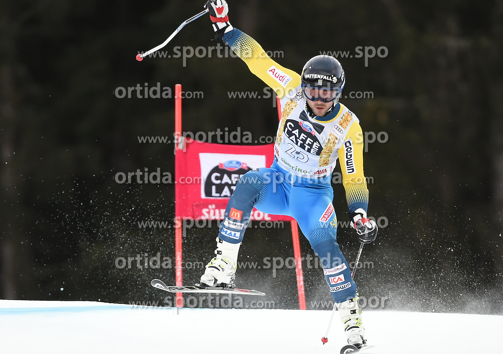 18.12.2016, Grand Risa, La Villa, ITA, FIS Weltcup Ski Alpin, Alta Badia, Riesenslalom, Herren, 1. Lauf, im Bild Matts Olsson (SWE) // in action during 1st run of men's Giant Slalom of FIS ski alpine world cup at the Grand Risa in La Villa, Italy on 2016/12/18. EXPA Pictures © 2016, PhotoCredit: EXPA/ Erich Spiess