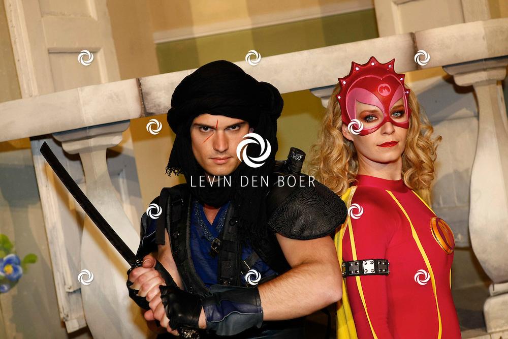 TONGEREN BELGIE - In het oude Casino waren de filmopnames van Mega Mindy en het Zwarte Kristal.  Met op de foto Levi van Kempen alias Axel en Free Souffriau alias Mega Mindy. FOTO LEVIN DEN BOER - PERSFOTO.NU