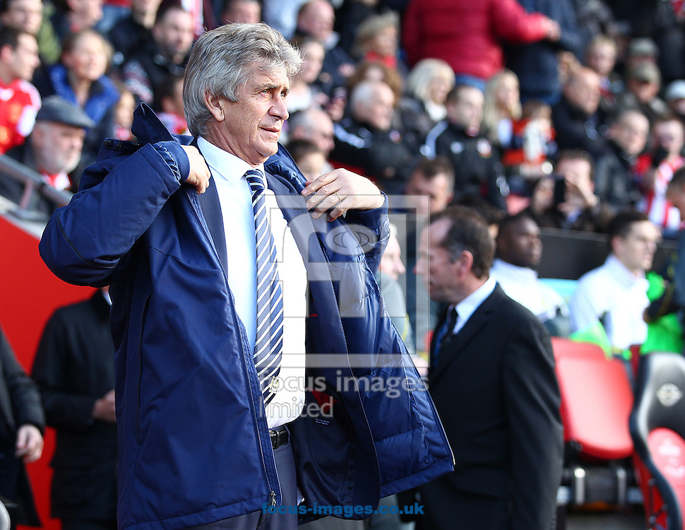 Manuel Pellegrini, Manager of Manchester City during the Barclays Premier League match at the St Mary's Stadium, Southampton<br /> Picture by Paul Terry/Focus Images Ltd +44 7545 642257<br /> 30/11/2014