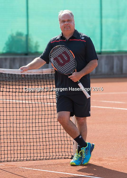 Ulf Fischer (GER) Trainer,Coach, European Tennis Base (ETB) in Salzburg/AUT.<br /> <br />  - European Tennis Base (ETB) -  -  European Tennis Base (ETB)  - Salzburg -  - Oesterreich  - 12 April 2016. <br /> &copy; Juergen Hasenkopf
