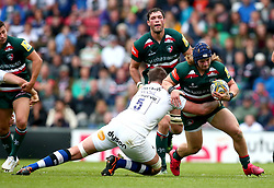 Harry Thacker of Leicester Tigers is tackled by Elliott Stooke of Bath Rugby - Mandatory by-line: Robbie Stephenson/JMP - 03/09/2017 - RUGBY - Welford Road - Leicester, England - Leicester Tigers v Bath Rugby - Aviva Premiership