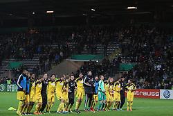 28.10.2014, Scholz Arena, Aalen, GER, DFB Pokal, VfR Aalen vs Hannover 96, 2. Runde, im Bild Jubel nach dem Sieg mit den Fans // during German DFB Pokal 2nd round match between VfR Aalen and Hannover 96 at the Scholz Arena in Aalen, Germany on 2014/10/28. EXPA Pictures © 2014, PhotoCredit: EXPA/ Eibner-Pressefoto/ Langer<br /> <br /> *****ATTENTION - OUT of GER*****