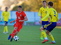 BANGOR, WALES - Saturday, November 17, 2018: Wales' Brennan Johnson during the UEFA Under-19 Championship 2019 Qualifying Group 4 match between Sweden and Wales at the Nantporth Stadium. (Pic by Paul Greenwood/Propaganda)