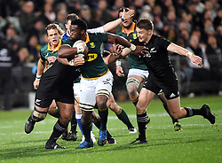 South Africa's Siya Kolisi makes a break against New Zealand in the Investic Championship rugby test match at QBE Stadium, Albany, Auckland New Zealand, Saturday, September 16, 2017. Credit:SNPA / Ross Setford** NO ARCHIVING**