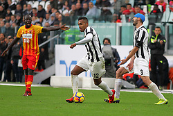 November 5, 2017 - Turin, Italy - Alex Sandro (Juventus FC) during the Serie A football match between Juventus FC and Benevento Calcio on 05 November 2017 at Allianz Stadium in Turin, Italy. Juventus win 2-1 over Benevento. (Credit Image: © Massimiliano Ferraro/NurPhoto via ZUMA Press)
