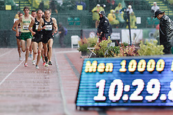 Olympic Trials Eugene 2012: men's 10,000 meter final, Dathan Ritzenhein leads, makes Olympic team