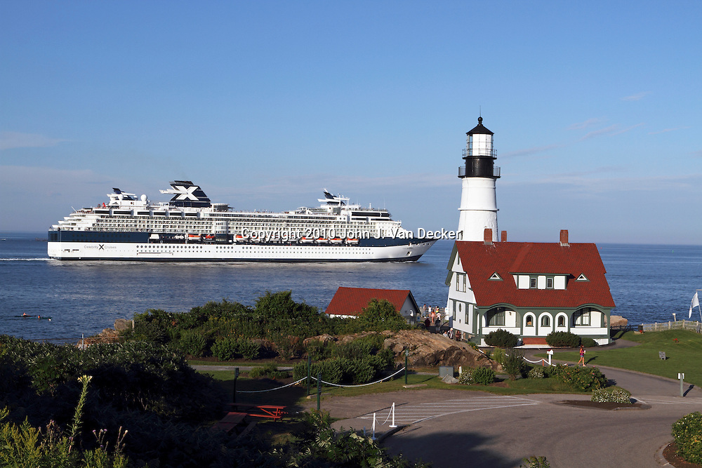 Portland Head Light in Cape Elizabeth, Maine, USA. The lighthouse sits at the southern edge of Casco Bay and is the 2nd oldest lighthouse in the US. Portland, Maine is becoming an increasingly popular port of call for cruise ship lines.