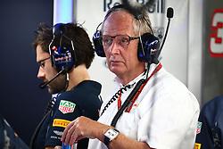 Dr Helmut Marko (AUT) Red Bull Motorsport Consultant.<br /> 08.10.2016. Formula 1 World Championship, Rd 17, Japanese Grand Prix, Suzuka, Japan, Qualifying Day.<br />  Copyright: Bearne / XPB Images / action press