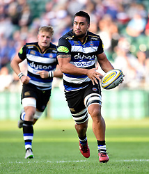 Leroy Houston of Bath Rugby in possession - Mandatory byline: Patrick Khachfe/JMP - 07966 386802 - 26/09/2015 - RUGBY UNION - The Recreation Ground - Bath, England - Bath Rugby v Gloucester Rugby - West Country Challenge Cup.