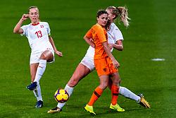 09-11-2018 NED: UEFA WC play-off final Netherlands - Switzerland, Utrecht<br /> European qualifying for the 2019 FIFA Women's World Cup - Danielle van de Donk #10 of Netherlands, Lia Walti #13 of Switzerland, Luana Buhler #22 of Switzerland