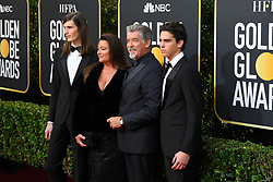 January 5, 2020, Beverly Hills, California, USA: DYLAN BROSNAN, KEELY SHAY SMITH, PIERCE BROSNAN AND PARIS BROSNAN during red carpet arrivals for the 77th Annual Golden Globe Awards, at The Beverly Hilton Hotel. (Credit Image: © Kevin Sullivan via ZUMA Wire)