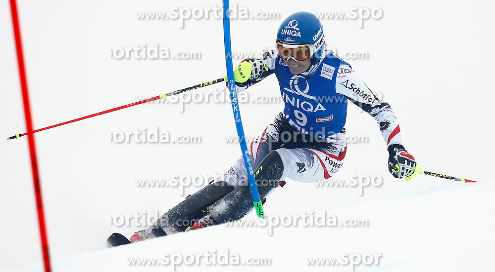 29.12.2013, Hochstein, Lienz, AUT, FIS Weltcup Ski Alpin, Damen, Slalom 1. Durchgang, im Bild Marlies Schild (AUT) // Marlies Schild of (AUT) during ladies Slalom 1st run of FIS Ski Alpine Worldcup at Hochstein in Lienz, Austria on 2013/12/29. EXPA Pictures © 2013, PhotoCredit: EXPA/ Oskar Höher