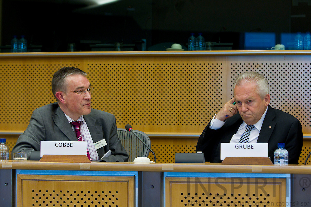 BRUSSELS - BELGIUM - 2 JUNE 2010 -- From left Roger Cobbe - ARRIVA (UK), member of the board of ATOC, Vice-Chairman of CER and the CEO for DB-Bahn, Dr. Rudinger Grube... PHOTO: ERIK LUNTANG / INSPIRIT Photo