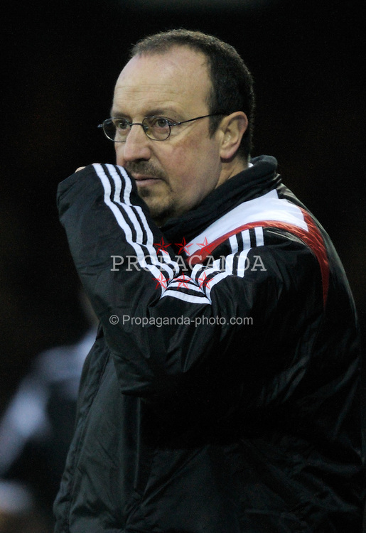 LUTON, ENGLAND - Sunday, January 6, 2008: Liverpool's manager Rafael Benitez during the FA Cup 3rd Round match against Luton Town at Keniworth Road. (Photo by David Rawcliffe/Propaganda)