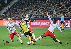 15.03.2018, Red Bull Arena, Salzburg, AUT, UEFA EL, FC Salzburg vs Borussia Dortmund, Achtelfinale, Rueckspiel, im Bild v. l. Xaver Schlager (FC Salzburg), Gonzalo Castro (Borussia Dortmund), Hee Chan Hwang (FC Salzburg), Amadou Haidara (FC Salzburg) // during the UEFA Europa League Round of 16, 2nd Leg Match between FC Salzburg and Borussia Dortmund at the Red Bull Arena in Salzburg, Austria on 2018/03/15. EXPA Pictures © 2018, PhotoCredit: EXPA/ Martin Huber