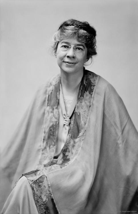 Sara Teasdale, American Poet, 1927
